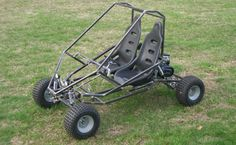 This two-seat, dual suspension Kart has a great design that makes Karting a team activity. A sister kart of the Arachnid, this is a really heavy duty machine that is a fun project to build. Build A Go Kart, Diy Go Kart, Karting, Quad, Go Kart Parts, Team Activities, Pedal Cars, Colorful Pictures, Fun Projects