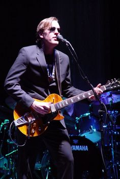Joe Bonamassa. In my opinion, the best of the new breed of guitar players. This guy can play anything and play it very, very well.