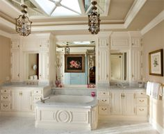 LOVE the idea of the tub in the middle.