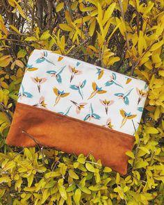 Articles similaires à Grande Pochette sur Etsy Continental Wallet, Rose, Bags, Zipper Pulls, Wrapping, Gifts, Handkerchief Dress, Cotton, Handbags