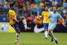 Felipão divulga lista de 16 jogadores relacionados para amistoso contra a África do Sul