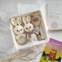 Baby Boy Gift Baskets, Baby Easter Basket, Baby Gift Box, Baby Girl Gifts, New Baby Gifts, Baby Box, Mom Baby, Gifts For New Moms, Gifts For Boys
