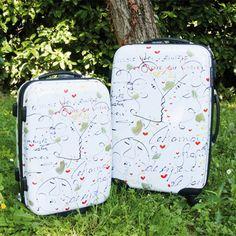 Una valigia con parole d'amore e delicati disegni...potrebbe essere un suggerimento per un regalo di San Valentino che sia anche un invito a viaggiare insieme? <3