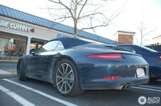 Porsche 911 (991) Convertible Dark Blue