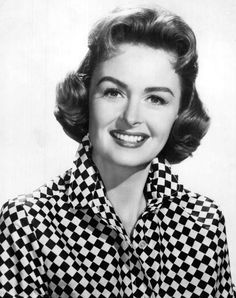 """Donna Reed -     Profile   Send to friend Last updated: 05/17/2014  << Go Back   Dead Donna Reed Field:Entertainment  Info:Starred in the TV series """"The Donna Reed Show"""", appeared in the movies """"From Here to Eternity"""" and """"It's a Wonderful Life""""  Date of Birth:01/27/1921 Date of Death:01/14/1986 Age at Death:64 Cause of Death: Cancer """"From Here to Eternity"""""""