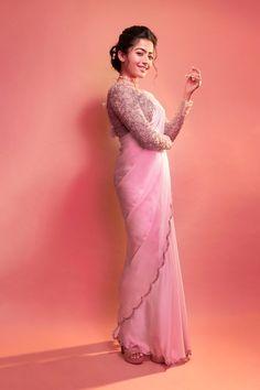 Actress Rashmika Mandanna Looks Pretty in Pink saree.Actress Rashmika Mandanna, Looks Pretty , Pink saree,Bheeshma, Mahesh babu Trendy Sarees, Stylish Sarees, Fancy Sarees, Indian Fashion Dresses, Dress Indian Style, Indian Designer Outfits, Beautiful Girl Indian, Beautiful Saree, Saree Poses