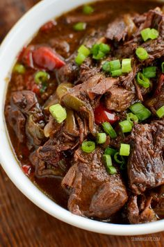 Low Syn Slow Cooked Spicy Asian Beef - skip ordering take out with this amazingly tasty set it and forget it slow cooker meal. - June 02 2019 at Slow Cooking, Slow Cooked Meals, Slow Cooker Beef, Slow Cooker Recipes, Cooking Recipes, Beef Casserole Recipes, Spicy Asian Beef, Spicy Beef Stew, Cena Paleo
