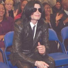 <3 Michael Jackson <3 - Love this outfit on him. I think this might be at James Brown's funeral??