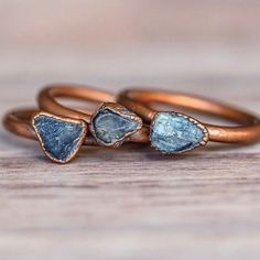 We love everything Copper right now || Including these Raw Sapphire beauties || www.indieandharper.com