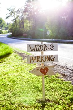 Don't forget directional signage outdoors at Happy Days Lodge! Photo: Delumpa Photography
