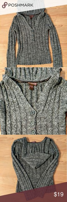 ❄Gray Knit Hooded Sweater❄ warm cozy gray knit sweater!   Like new no flaws!  Long sleeve , hooded and button top. Very trendy, warm and comfortable! 100% acrylic. hooked up Sweaters