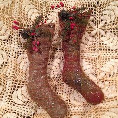 Primitive Christmas Ornaments | Handmade primitive Christmas ornament by Nettiesetsy on Etsy, $4.00