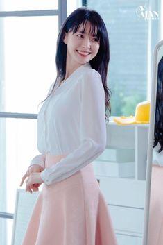 Korean Celebrities, Korean Actors, Korean Women, Korean Girl, Asian Woman, Asian Girl, Korean Shows, Korean Artist, Girl Bands