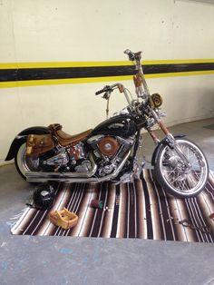 Harley Davidson Softail Heritage http://youtu.be/P4SKqyz8MF0