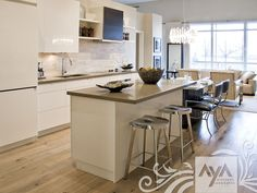 Contemporary kitchen / in wood / island / lacquered MODENA CLASSIC HIGH GLOSS WHITE AYA kitchens