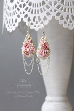 Path to your charm Polymer Clay Projects, Polymer Clay Art, Polymer Clay Earrings, Ideias Diy, Polymer Clay Flowers, Jewelry Patterns, Artisanal, Clay Creations, Pink Jewelry