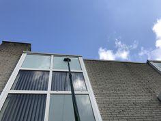 Glasbewassing met Unger nLite #groothuisdienstverlening #glazenwasser