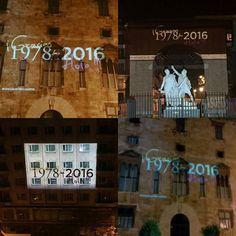 En diferentes lugares y diferentes plazas con un mismo mensaje #Gracias1978Hola2016