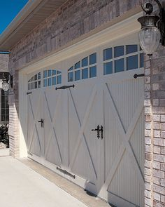 A garage is not just somewhere to park your vehicle for the evening. Generally, it is apparent that garages are not a very easy utility quality of the house, they've come to be as a whole lot of style statement as any other area of the house. Double Garage Door, Modern Garage Doors, Best Garage Doors, Wood Garage Doors, Diy Garage, Garage Ideas, Dream Garage, Garage Storage, Garage Gate