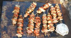 Grilšpíz od HeMiShEk Grill Party, No Salt Recipes, Thing 1, Barbecue, Shrimp, Sausage, Grilling, Food And Drink, Meat