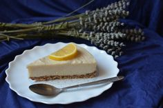 {Quick Raw Lavender, Cardamom and Honey Cake} 20 Minutes