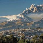 THE CITY OF MANIZALES AND ITS IMPOSING VOLCANO AND NEVADO DEL RUIZ... DEPARTMENT OF CALDAS COLOMBIA... http://www.chispaisas.info/manizalitas.htm