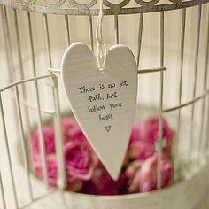 Un ceour pour une bonne journée I Love Heart, Happy Heart, Romantic Things, Clay Design, Fimo Clay, Heart Sign, Vinyl Crafts, So Much Love, Cheer Up