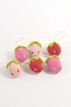 Hanging Strawberry: Dark Pink