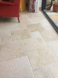 Travertine pattern and colour for vestibule Stone Tile Flooring, Flagstone Flooring, Travertine Floors, Natural Stone Flooring, Tiled Floors, Slate Flooring, Stone Kitchen Floor, Kitchen Floor Tiles, Best Flooring For Kitchen