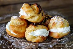 Comparte Recetas - PROFITEROLES Pasta Choux, Pan Dulce, Eclairs, Pretzel Bites, Cake Cookies, Cupcakes, Cake Pops, Doughnut, Nom Nom