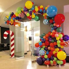 New Ideas For Party Decorations Balloons Candy Land - New Deko Sites Candy Themed Party, Birthday Candy, First Birthday Parties, Birthday Party Themes, Candy Land Party, Candy Land Theme, Birthday Balloon Decorations, Birthday Balloons, Candy Decorations