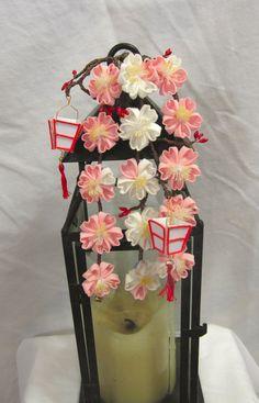 Weeping Sakura Kanzashi With Bonbori Lanterns