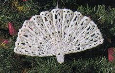 Christmas Victorian Fan Ornament~Free Crochet Pattern @Moms Love Of Crochet: Click Here For A Printable Version. Materials: Crochet Cotton about 45 yds of colour of your choice, Size 3 Steel Crochet hook, Fabric Stiffener. (Doesn't look very hard to make....going to have to try it!!!)