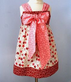 I love how this knot dress ties into a big bow in the back or front.