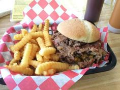 These 10 Hole In The Wall BBQ Restaurants in Florida Will Make Your Tastebuds Go Crazy