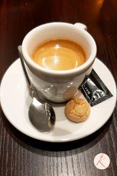 Le restaurant italien My Piccola Italia - Conflans-sainte-Honorine I Love Coffee, Coffee Art, Coffee Shop, Coffee Cups, Moka, Italian Coffee Maker, Espresso Cafe, Pause Café, Coffee Dessert