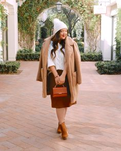 COLD WEATHER DRESSING - Curvy Girl Chic