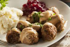 Ikea Homemade Swedish Meatballs with Cream Sauce Ikea Meatballs, Tasty Meatballs, Pork Meatballs, Ground Beef Recipes, Pork Recipes, Cooking Recipes, Sandwich Recipes, Best Swedish Meatball Recipe, Nordic Recipe