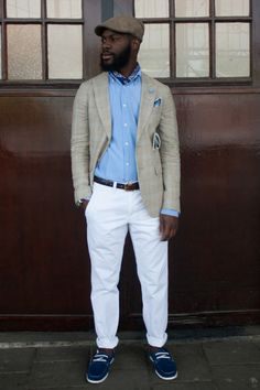 Blue handkerchief as a subtle neck piece a la Noah's ARC season one. Color coordinated accessories