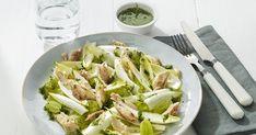 Salade van witloof met gerookte makreel, druiven en dille