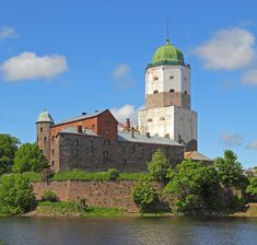 Vyborg Castle (Russian: Выборгский замок, Finnish: Viipurin linna, Swedish: Viborgs fästning) is a Swedish-built medieval fortress near the town of Viborg (today in Russia). Beacon Tower, Medieval Fortress, Puzzle Of The Day, Fortification, Water Tower, Dark Places, Lighthouse, Taj Mahal, Cathedral