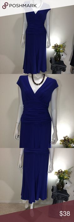 Blue Jones New York Dress Gently worn Size 8 Blue Jones New York Dress.  95% Polyester, 5 % Spandex. Measures approx 18 inches from armpit to armpit and 46 inches in length.  No rips, stains or tears.  Non smoking home. Jones New York Dresses Midi