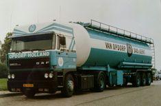 DAF FT 3300 4x2 spacecab met bulktankoplegger van Van Opdorp uit Sas van Gent