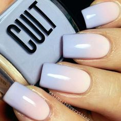 Semi-permanent varnish, false nails, patches: which manicure to choose? - My Nails Funky Nail Designs, Beautiful Nail Designs, Nail Color Trends, Nagellack Design, Manicure Y Pedicure, Beach Nails, Nagel Gel, Super Nails, Nail Polish Colors