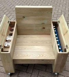 erstaunliche DIY-Projekte im Freien Möbel Design-Ideen - Om na te maken - 60 erstaunliche DIY-Projekte im Freien Möbel Design-Ideen - Om na te maken - Gift For Men Him Docking Station Best Dock iWatch Desktop Outdoor Furniture Design, Diy Pallet Furniture, Diy Pallet Projects, Woodworking Projects Diy, Woodworking Furniture, Furniture Projects, Woodworking Plans, Rustic Furniture, Modern Furniture