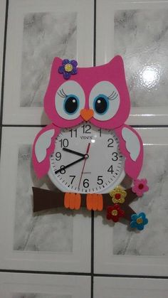 ATIVIDADES EI: RELÓGIO CORUJA EM E.V.A Kids Crafts, Foam Crafts, Easy Crafts, Diy And Crafts, Arts And Crafts, Paper Crafts, Preschool Classroom Decor, Owl Classroom, Preschool Activities