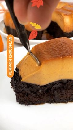 Pumpkin Flan Cake Recipe, Pumpkin Cheesecake, Pumpkin Recipes, Mini Desserts, Christmas Desserts, Just Desserts, Fall Desserts, Mexican Dessert Recipes, Best Dessert Recipes