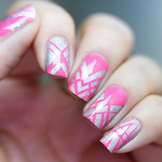 Here are some hot nail art designs that you will definitely love and you can make your own. You'll be in love with your nails on a daily basis. Get Nails, Fancy Nails, How To Do Nails, Fingernails Painted, Geometric Nail Art, London Nails, Nail Tape, Finger Nail Art, Stamping Nail Art