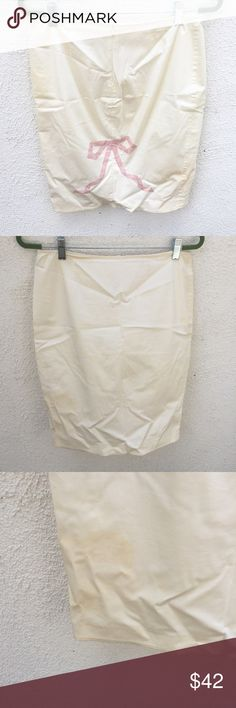 Rebecca Taylor Cream Pink Bow Pencil Midi Skirt Size 8. There are stains as shown in pictures. Rebecca Taylor Skirts Midi