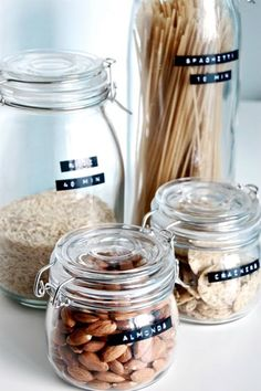 02 food containers with labels from IKEA jars - Shelterness Kitchen Jars, Kitchen Pantry, Kitchen Dining, Kitchen Decor, Glass Kitchen, Kitchen Ikea, Kitchen Styling, Mason Jars, Glass Jars